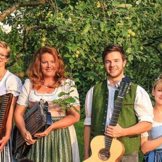 Mitwirkende 2019: Radauer Ensemble - Saitenmusi © B. Dürr