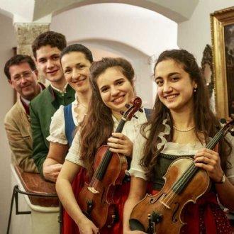 Mitwirkenden 2019: Radauer Ensemble - Geigenmusi © B. Dürr